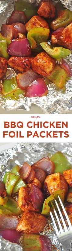 It cooks in only 20 minutes, so you dont have to spend your whole evening over the grill! Pair this dish with practically any side for a fun, flavor-packed, healthy barbecue treat. Foil Packet Dinners, Foil Pack Meals, Foil Dinners, Grilling Recipes, Cooking Recipes, Barbecue Recipes, Vegetarian Grilling, Healthy Grilling, Vegetarian Food