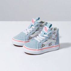Shop bestselling Baby's Shoes at Vans including Infant Slip Ons, Authentics, Low Top, High Top Shoes & More. Shop Baby Shoes at Vans today! Toddler Girl Shoes, Baby Girl Shoes, Cute Baby Girl, Baby Kids Clothes, Girls Shoes, Toddler Outfits, Toddler Girls, Kids Clothing, Little Kid Fashion