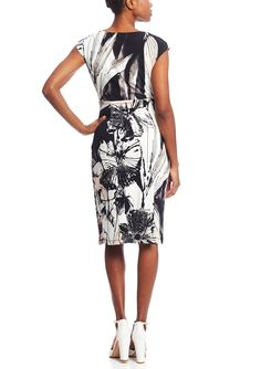 CONNECTED Floral Cap Sleeve Wrap Dress | ideel