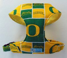 Hey, I found this really awesome Etsy listing at https://www.etsy.com/listing/110429614/oregon-ducks-comfort-soft-harness-shih