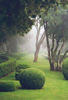 https://flic.kr/p/qMgLqP | Les Jardins de Marqueyssac | www.thisisglamorous.com/2015/02/les-suspendus-jardins-de-...