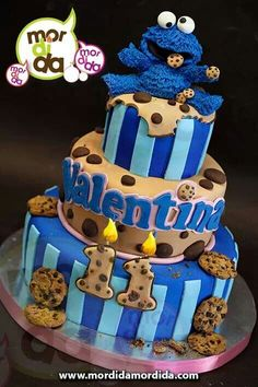 Cookie monster cake Más