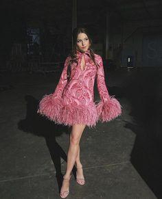 Liz Gillies Sexy Beast – Actress Liz Gillies in her Sexiest Moments Fashion Tv, High Fashion, Fashion Show, Fashion Hair, Elizabeth Gillies, Instagram Girls, Instagram Makeup, White Girls, Ideias Fashion