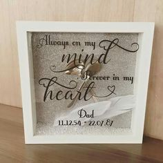 Shadow Box Ideas - Shadow boxes are actually an unique procedure to preserve minds with each other in such a stunning means Shadow Box Memory, Flower Shadow Box, Memory Frame, Diy Shadow Box, Shadow Box Frames, Christmas Shadow Boxes, Christmas Ideas, Memory Crafts, Cricut Craft Room