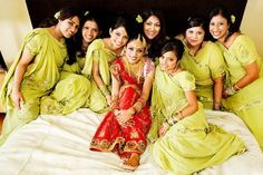 The pleasant green sarees of the bridesmaids make this very pretty picture. Indian Bridesmaids, Bridesmaid Dresses, Bridesmaid Ideas, Saree Draping Styles, Green Saree, Indian Wedding Photography, Indian Bridal, Pretty Pictures, Sarees