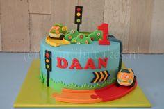 Een Toet-Toet-taart voor Daan.
