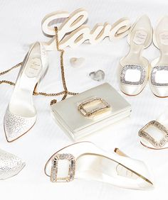Discover Roger Vivier's shoe collection for ceremonies and weddings, an exclusive Bridal collection for your special day.