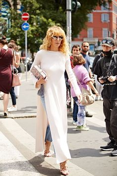 Milan Fashion Week, spring-summer 2017: street style. Part 1 (7 photos)