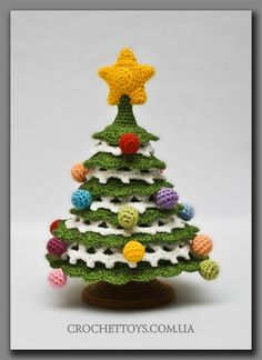 twinkle twinkle, moon star: free crochet pattern. cool cute amigurumi christmas tree decoration gift to make for next year 2015