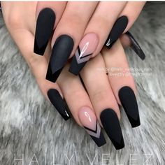In seek out some nail designs and ideas for your nails? Here's our set of must-try coffin acrylic nails for trendy women. Black Coffin Nails, Black Acrylic Nails, Best Acrylic Nails, Nail Black, Long Black Nails, Black Matte Acrylic Nails, Black French Nails, Black Wedding Nails, Black Nail Tips