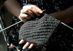 How to Knit a Dishcloth. Knit dishcloths are so useful for keeping your kitchen clean! Replace your sponges and paper towels with reusable dishcloths to save money and reduce waste. Best of all, knitting a dishcloth is easy and quick! Dishcloth Knitting Patterns, Crochet Dishcloths, Knitting Yarn, Knit Patterns, Knit Crochet, Yarn Projects, Knitting Projects, Crochet Projects, Knitting Ideas