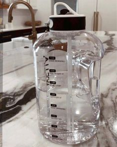 motivational water bottle with time markers #healthy #hydration #motivational