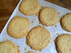 Vintage Kitchen Notes: Brown Butter Shortbread Crisps #12 Weeks of Christmas Treats