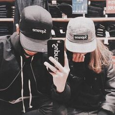 Image about couple in faceless ulzzang by yejin Korean Couple, Best Couple, Korean Girl, Couple Ulzzang, Ulzzang Girl, Cute Couples Goals, Couple Goals, Image Couple, Tumblr Couples