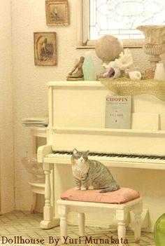 1/12 scale miniature scene created by Yuri Munakata