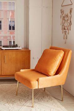 Kaia Club Chair