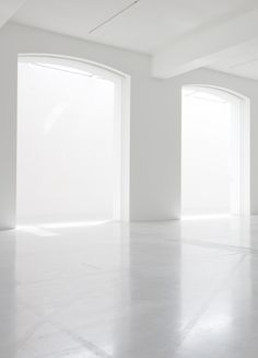 What will also be synonym with all those words is your new white room decor once you've read through our article and start making some changes in your home! White Room Decor, White Rooms, White Washed Furniture, Painted Brick Walls, White Interior Design, Interior Shop, White Tiles, Shades Of White, White Aesthetic