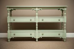 C7 1053-940 Summer Home Console in Sky Finish