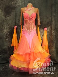 Dresses for sale - Grand Amour