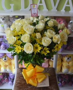 The Light of My Life   www.FGDavao.com  Flowers Gifts Delivery   #flowers #flowersinavase #vasearrangement #flowerarrangement #sendflowers #flowerdelivery #flowershop #flowersdavao #flowerph #florist #fgdavao #fgflowers #love #surprise #gift #expressionoflove #romanticsurprise #romanticgift