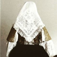 V kroji#Trnava #tradičnýodev Bell Sleeves, Bell Sleeve Top, Tops, Women, Fashion, Historia, Moda, Fashion Styles, Fashion Illustrations