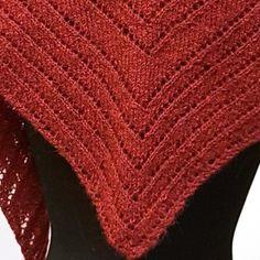 Kveldsro - sjal i Sølje | Garnkurven Crochet, Accessories, Fashion, Threading, Moda, Fashion Styles, Ganchillo, Crocheting, Fashion Illustrations