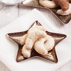 Kuchen-Backmischung im Glas: Diese Backmischung für einen köstlichen Schoko-Bananen-Kuchen ist ein tolles Geschenk aus der Küche. Naha, Dory, Christmas Cookies, French Toast, Vanilla, Food And Drink, Baking, Breakfast, Baby Muffins