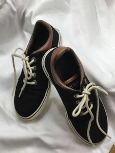 c3ce665611e8 Sperry Topsiders Ollie kids size 13.5 excellent condition Black with brown  trim  fashion  clothing