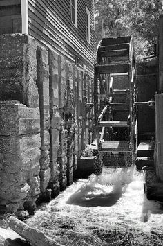 War Eagle Mill, situated on War Eagle Creek in NW Arkansas is an undershot grist mill that has been in operation since 1973. There has been a mill on this site dating to the pre-Civil War Era.  This is an exact replica of one that stood on the same site, but in its long history has been destroyed by fire and floods numerous times then rebuilt.
