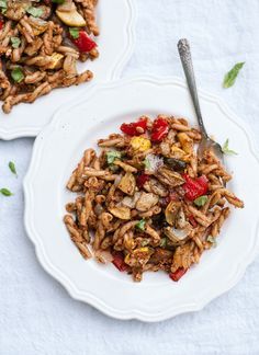 Sun-dried tomato pesto pasta with roasted vegetables, a simple and veggie-packed weeknight meal! cookieandkate.com