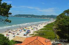 Praia e bairro de Jurerê, em Florianópolis, estado de Santa Catarina, Brasil.  Fotografia: Mario Costa Junior.