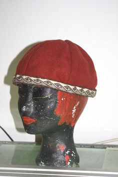 Birka hat with tablet woven belt