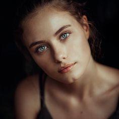 Marvelous Beauty Portrait Photography by Claudia Piñero #art #photography #Beauty Photography