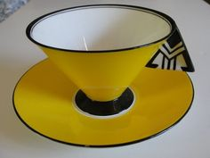 Super Rare 1930 Shelley 11776 deco yellow Vogue shape foorted cup & saucer #Shelley