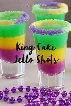 Fat Tuesday is the perfect time to try out these and colorful This Jello shots will be the star of your Mardi Gras party. Mardi Gras Drinks, Mardi Gras Party Theme, Mardi Gras Flag, Mardi Gras Decorations, Mardi Gras Appetizers, Mardi Gras Desserts, Table Decorations, Party Drinks, Cocktails