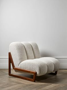 Tendance : 5 fauteuils en laine bouclée - Expolore the best and the special ideas about Chair design Furniture Inspiration, My New Room, Contemporary Furniture, Modern Furniture Design, Chair Design, Furniture Decor, Recycled Furniture, Plywood Furniture, Rustic Furniture