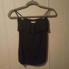 Black Tube Top Old Navy black tube top with slight ruffle detail around the bust and built in bra. Would probably fit an xs. Super soft, NWOT. Old Navy Tops