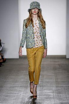 Karen Walker Spring 2011 Ready-to-Wear Collection Photos - Vogue