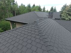 Heritage Slate in Black #Slate #Black #roof #roofing #roofingmaterial #rubber #lifetimewarranty #authentic #shingles #contractor #design #renos #premium #recycle #rubber #contractor #home