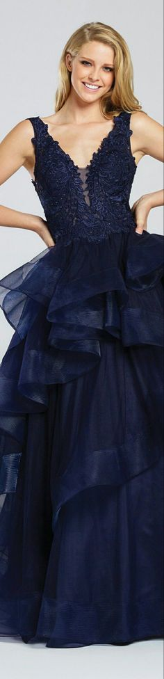 Midnight Blue, Shades Of Blue, Dark Blue, Personal Style, Cool Outfits, Style Inspiration, Formal Dresses, Chic, How To Wear
