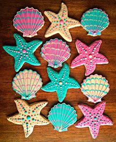& Starfish Ocean Cookies -One Dozen - Ocean Dessert - Beach Wedding - Beach Party Favor One Dozen Shell & Starfish Ocean Cookies Beach WeddingOne Dozen Shell & Starfish Ocean Cookies Beach Wedding Summer Cookies, Fancy Cookies, Royal Icing Cookies, Iced Cookies, Beach Party Favors, Beach Wedding Favors, Luau Party, Ocean Party, Dessert Wedding