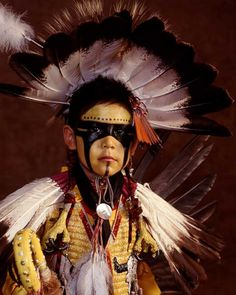 Native American Photos by Ben Marra kk Native Child, Native American Children, Native American Pictures, Native American Beauty, American Spirit, American Indian Art, Native American History, Indian Pictures, American Women