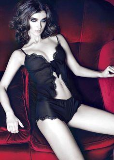 Marty Simone Luxury Lingerie : Photo