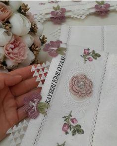 Muslim Prayer Mat, Needle Lace, Scarf Styles, Crochet, Diy And Crafts, Elsa, Decorative Boxes, Knitting, Handmade