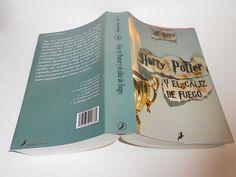 TAPA DE LIBRO Diseño de cubierta de un libro. Incorporación de la tipografía como un elemento más que compone la imagen.