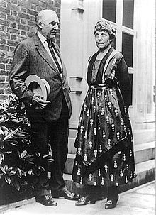 Warren G. Harding and the First Lady Florence Harding.  President Harding did not finish his term as he died from a heart attack.