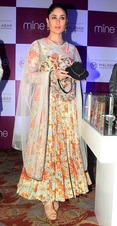 Kareena Kapoor in Floral Anarkali Frock Designed by Anamika Khanna . Yellow Things and yellow floral dress kareena kapoor Pakistani Dresses, Indian Dresses, Indian Outfits, Indian Attire, Indian Wear, Indian Style, Anarkali Frock, Anarkali Suits, Punjabi Suits