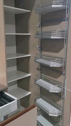 Kitchen Cupboard Designs, Kitchen Room Design, Diy Kitchen Storage, Modern Kitchen Design, Home Decor Kitchen, Interior Design Kitchen, Kitchen Trolley Design, Kitchen Cabinet Layout, Modern Kitchen Interiors