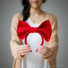 Kiki's Delivery Service: Bow Headband Pattern - free crochet/amigurumi pattern