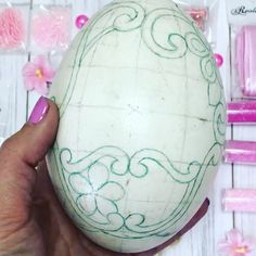 Carved Eggs, Egg Art, Projects To Try, Roses, Carving, Thoughts, Instagram, Arabesque, House Decorations